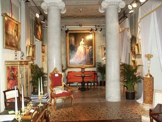 Villa castelbarco milano - Immagini di mobili antichi ...