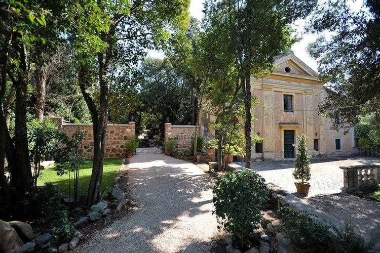 Casale della falcognana roma for Affitto roma porta di roma