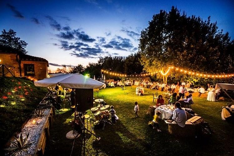 Matrimonio Campagna Toscana : Agriturismo il boscone barberino val d elsa firenze